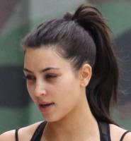 Kim Kardashian - Sherman Oaks - 12-06-2011 - Star come noi: non c'è trucco e non c'è inganno