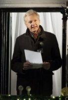 Julian Assange - Londra - 20-12-2012 - Julian Assange, un compleanno in ambasciata