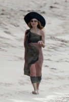 Rachel Zoe - St. Barth - 25-12-2012 - Shorts, maxidress o pareo: e tu cosa indossi in spiaggia?