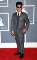 Bruno Mars - Los Angeles - 12-02-2012 - Daniel Craig è l'uomo più elegante del 2012