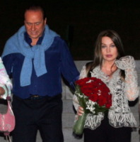 Veronica Lario, Silvio Berlusconi - 28-08-2005 - La De Sio e la seconda giovinezza delle cinquantenni