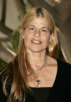 Linda Hamilton - Los Angeles - 19-10-2008 - Divorzio mio quanto mi costi!