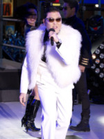 PSY - New York - 31-12-2012 - Psy: GanGnam Style fa saltare i contatori YouTube