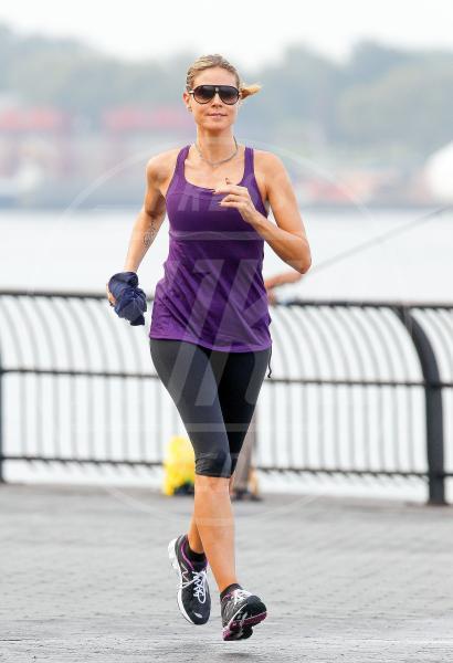 Heidi Klum - New York - 11-08-2012 - Star come noi: quando i vip vanno di corsa
