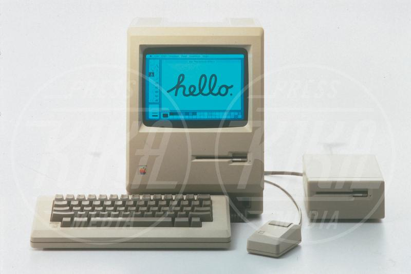 Apple Macintosh, Apple - Los Angeles - 06-10-2008 - 3 Gennaio 1977, anniversario della fondazione di Apple