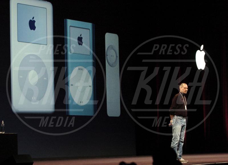 iPod, Apple, Steve Jobs - Los Angeles - 13-01-2009 - 3 Gennaio 1977, anniversario della fondazione di Apple