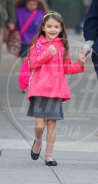 Suri Cruise, Katie Holmes - New York - 22-10-2012 - A Hollywood, piccole fashioniste crescono