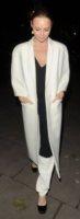 Stella McCartney - Londra - 28-11-2012 - En pendant con l'inverno con un cappotto bianco