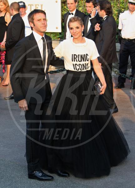 Clotilde Courau, Emanuele Filiberto di Savoia - Cannes - 19-05-2011 - Dillo con una t-shirt: Taylor Swift vuole una vita bohémienne
