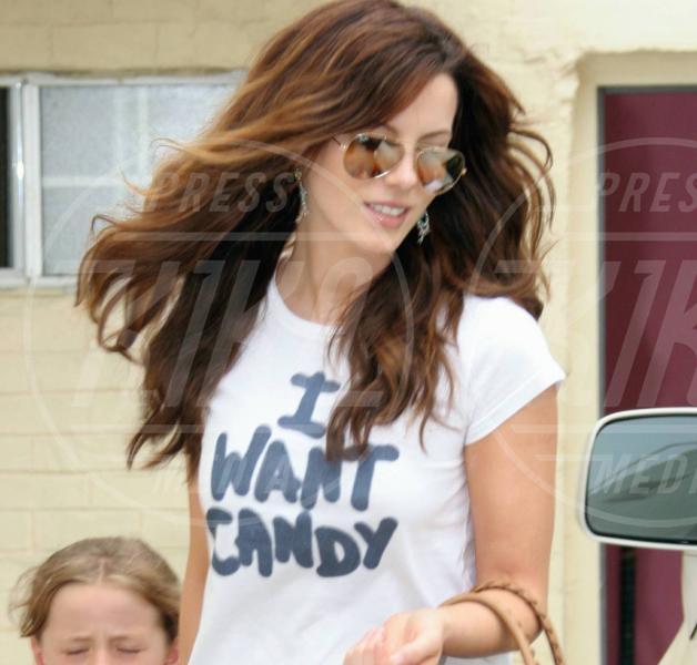 Kate Beckinsale - Venice - 07-08-2005 - Dillo con una t-shirt: Kate Mara difende gli scimpanzè