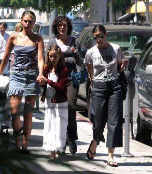 Demi Moore - Beverly Hills - 06-06-2004 - Demi Moore si confessa su Vanity Fair