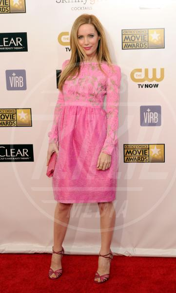 Leslie Mann - Santa Monica - 10-01-2013 - Je vois la vie en rose… anche sul red carpet!