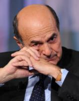 Pierluigi Bersani - Roma - 11-01-2013 - Star come noi: anche i ricchi piangono