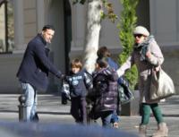Valencia - 11-01-2013 - Tina Cipollari e Chicco Nalli volano a Valencia con i figli