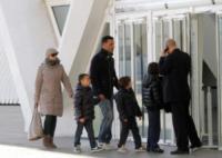 Chicco Nalli, Tina Cipollari - Valencia - 11-01-2013 - Tina Cipollari e Chicco Nalli volano a Valencia con i figli