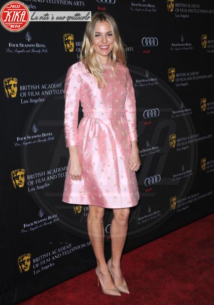 Sienna Miller - Beverly Hills - 12-01-2013 - Sienna Miller, un nome, una garanzia… di stile!