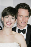 Eddie Redmayne, Anne Hathaway - Los Angeles - 13-01-2013 - Il cast di Les Miserables festeggia all'after-party dei Golden Globes