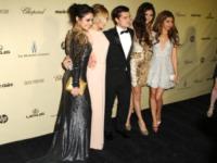 Selena Gomez, Josh Hutcherson, Ashley Tisdale, Vanessa Hudgens - Los Angeles - 13-01-2013 - Selena Gomez e Josh Hutcherson: è nato un flirt ai Golden Globes?