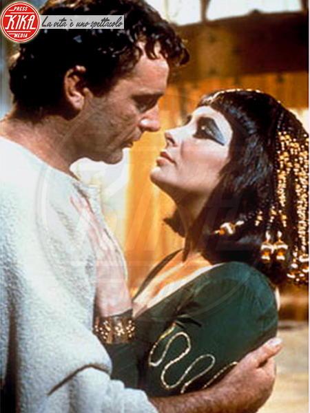 Cleopatra - Los Angeles - 24-09-2009 - San Valentino: i baci più belli del cinema