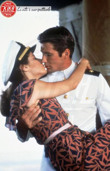 Ufficiale e gentiluomo - Ufficiale e gentiluomo - Seattle - 28-07-1982 - San Valentino: i baci più belli del cinema