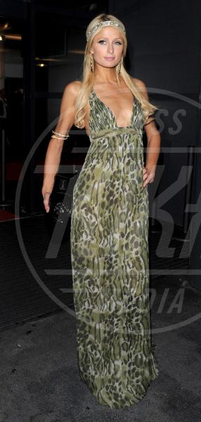 Paris Hilton - Cannes - 13-05-2010 - Le star che si mimetizzano nella giungla metropolitana