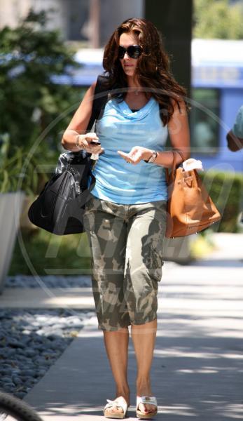 Brooke Shields - Beverly Hills - 05-07-2006 - Le star che si mimetizzano nella giungla metropolitana