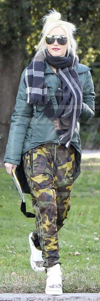 Gwen Stefani - Beverly Hills - 03-12-2011 - Le star che si mimetizzano nella giungla metropolitana