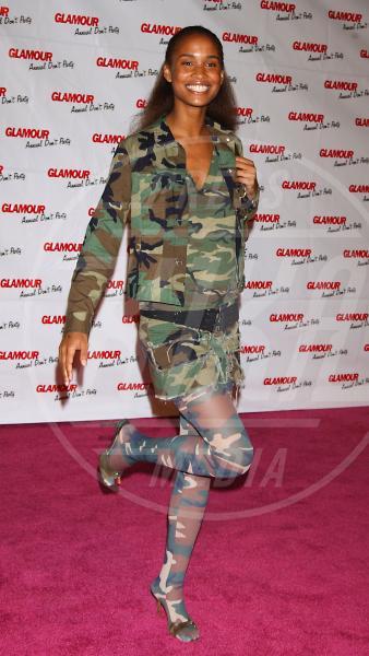 Joy Bryant - Hollywood - 07-04-2004 - Le star che si mimetizzano nella giungla metropolitana