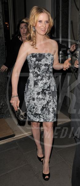 Cynthia Nixon - Londra - 27-05-2010 - Le star che si mimetizzano nella giungla metropolitana