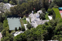 Tom Cruise - Los Angeles - 08-08-2011 - Tom Cruise vende la villa acquistata per Katie Holmes