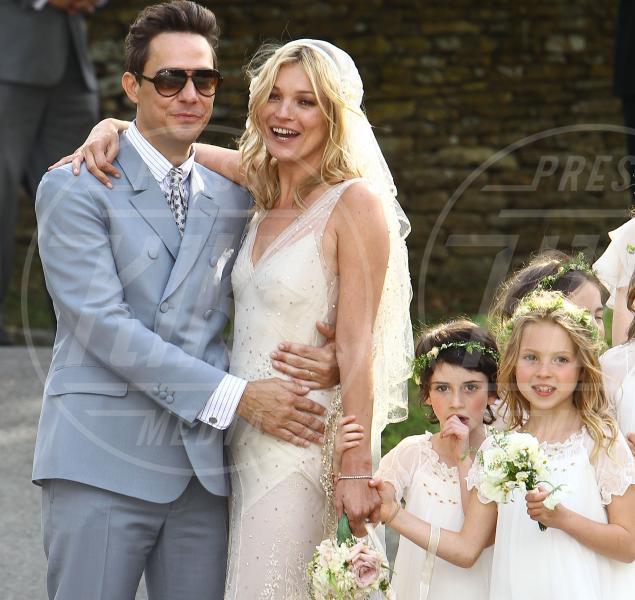 Jamie Hince, Kate Moss - Londra - 01-07-2011 - Case infestate vip e dove trovarle:da Sandra e Raimondo a Spagna