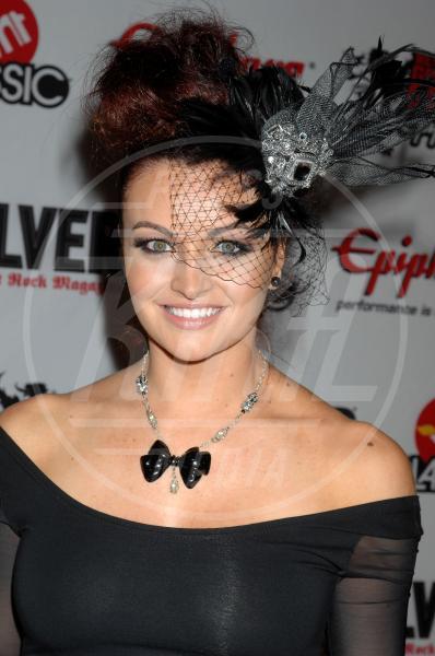 Maria Kanellis - Los Angeles - 08-04-2010 - Il fascino retrò del cappello con veletta