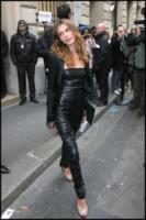 Elisa Sednaoui - Parigi - 26-01-2010 - Quando la star si tramuta in una donna aggressiva