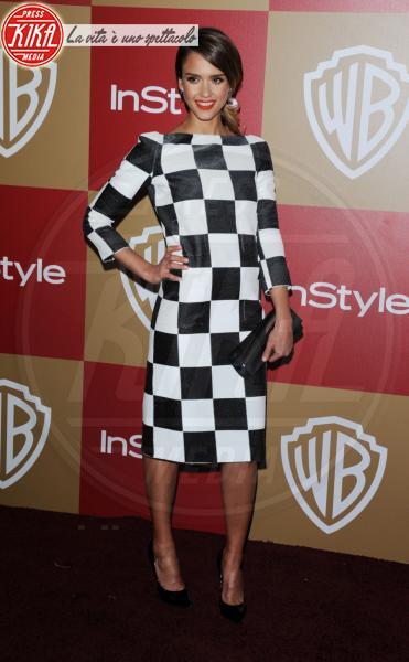 Jessica Alba - Beverly Hills - 13-01-2013 - Ti va di giocare a scacchi?