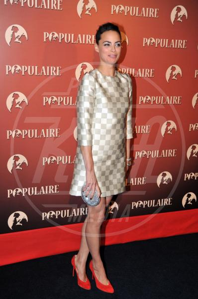 Berenice Bejo - Parigi - 19-11-2012 - Il ritorno dell'abito dalla linea a trapezio