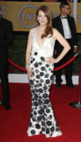 Julianne Moore - Los Angeles - 27-01-2013 - Julianne Moore, estro e fantasia sul red carpet