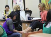 Lori Loughlin - Beverly Hills - 29-01-2013 - Estate 2013: piedi perfetti pronti per le infradito