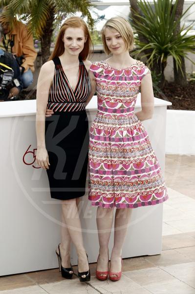 Jessica Chastain, Mia Wasikowska - Cannes - 19-05-2012 - Rivali sul set? No, amiche per la pelle!