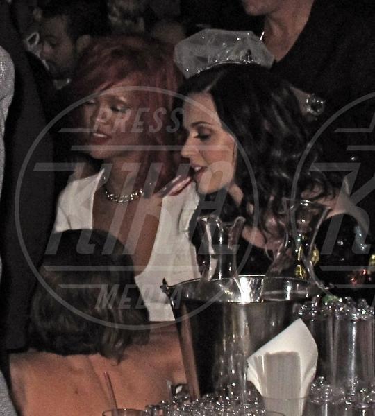 Katy Perry, Rihanna - Las Vegas - 18-09-2010 - Rivali sul set? No, amiche per la pelle!