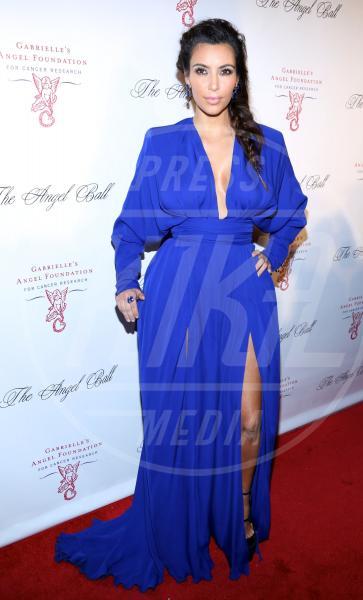 Kim Kardashian - New York - 23-10-2012 - Non solo lato B! Overkim prende la vita… di petto!
