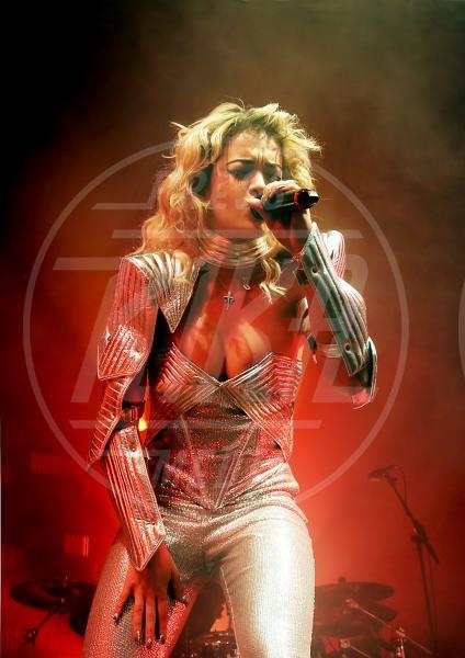 Rita Ora - Los Angeles - 30-01-2013 - I segreti delle dive non sono più coperti…dal vestito