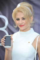 Pixie Lott - Londra - 31-01-2013 - Tutti i geek di Hollywood: la tecnologia che arricchisce le star