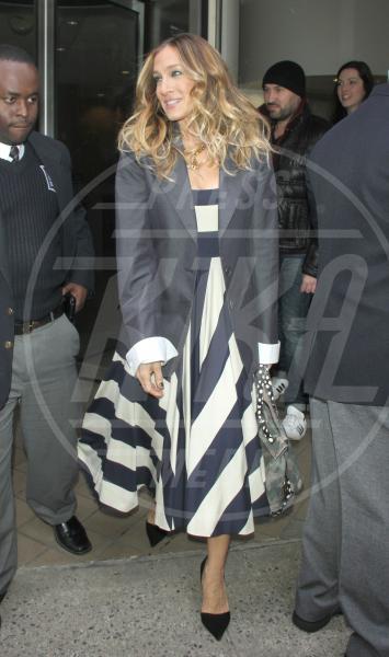 Sarah Jessica Parker - New York - 04-02-2013 - Tutte in riga black&white come Amal Alamuddin!