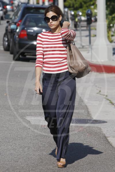 Eva Mendes - 16-06-2011 - Tendenza 2013: vincono le mise… sopra le righe