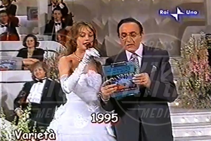 Pippo Baudo, Anna Falchi - Sanremo - 04-02-2013 - Emma e Arisa, da vincenti a vallette di Sanremo 2015?