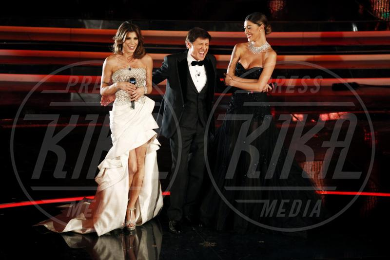 Gianni Morandi, Belen Rodriguez, Elisabetta Canalis - Sanremo - 13-02-2012 - Emma e Arisa, da vincenti a vallette di Sanremo 2015?