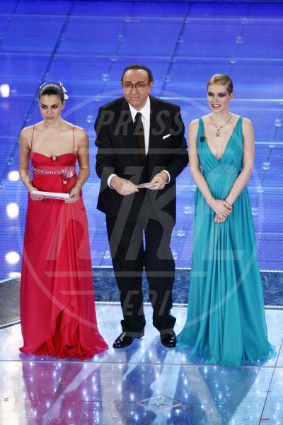 Andrea Osvart, Bianca Guaccero - Sanremo - 29-02-2008 - Emma e Arisa, da vincenti a vallette di Sanremo 2015?