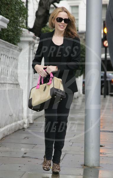 Kylie Minogue - Londra - 13-01-2011 - A ogni star il suo bauletto