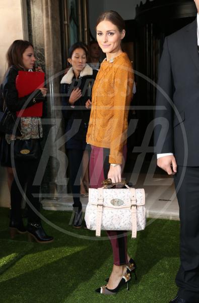 Olivia Palermo - Londra - 18-09-2012 - A ogni star il suo bauletto