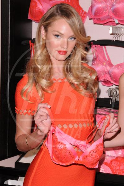 Candice Swanepoel - New York - 06-02-2013 - Gli angeli di Victoria's Secret augurano un buon San Valentino
